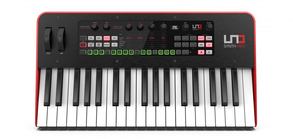 IK Multimedia UNO Synth Pro